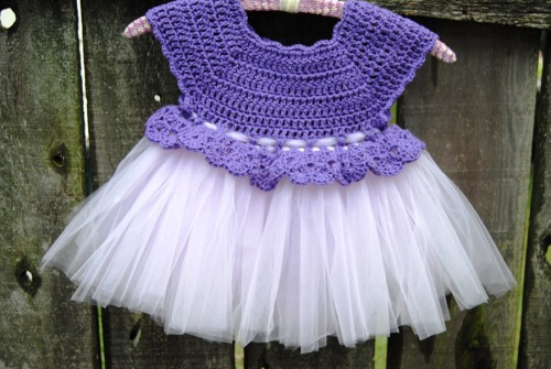 My weekend started off with me finishing up another crocheted topped tutu.