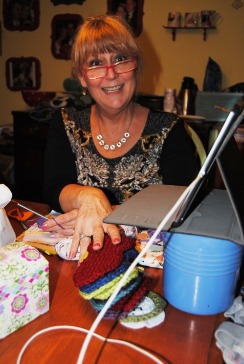 The middle of last week our small Crochet Guild Retreat committee met up at my dear friend Susie's house. I want to thank Susie and Sandy for volunteering with me to organize our yearly guild retreat. Susie was so kind to invite us over to her house to brainstorm about the projects we will be offering during our retreat. I'm looking forward to the retreat again this year; it should be lots of fun.