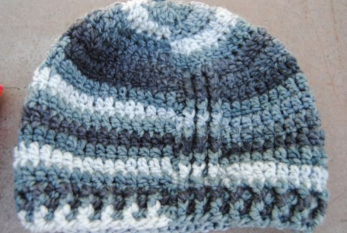 Lisa asked me to make a men's hat out of the MayPole Eurobaby in the gray stripes. I just made up this one and will be selling this at the Kansas Barn Sale.