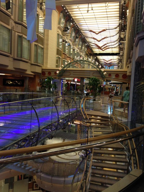This was the beautiful Promenade, where they had all the shops. I loved the see through bridge and the beautiful winding staircases.